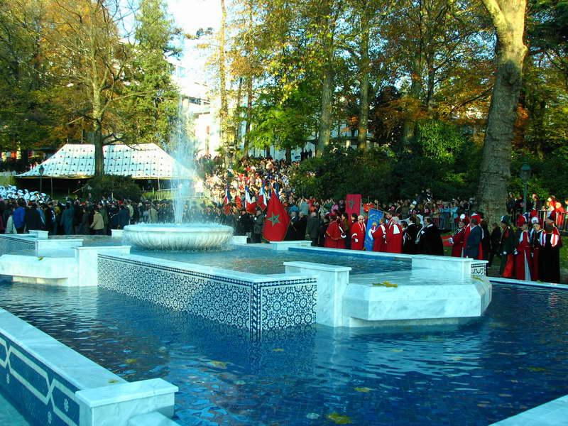 Album 50me anniversaire de l 39 indpendance du maroc aix les bains for Piscine aix les bains
